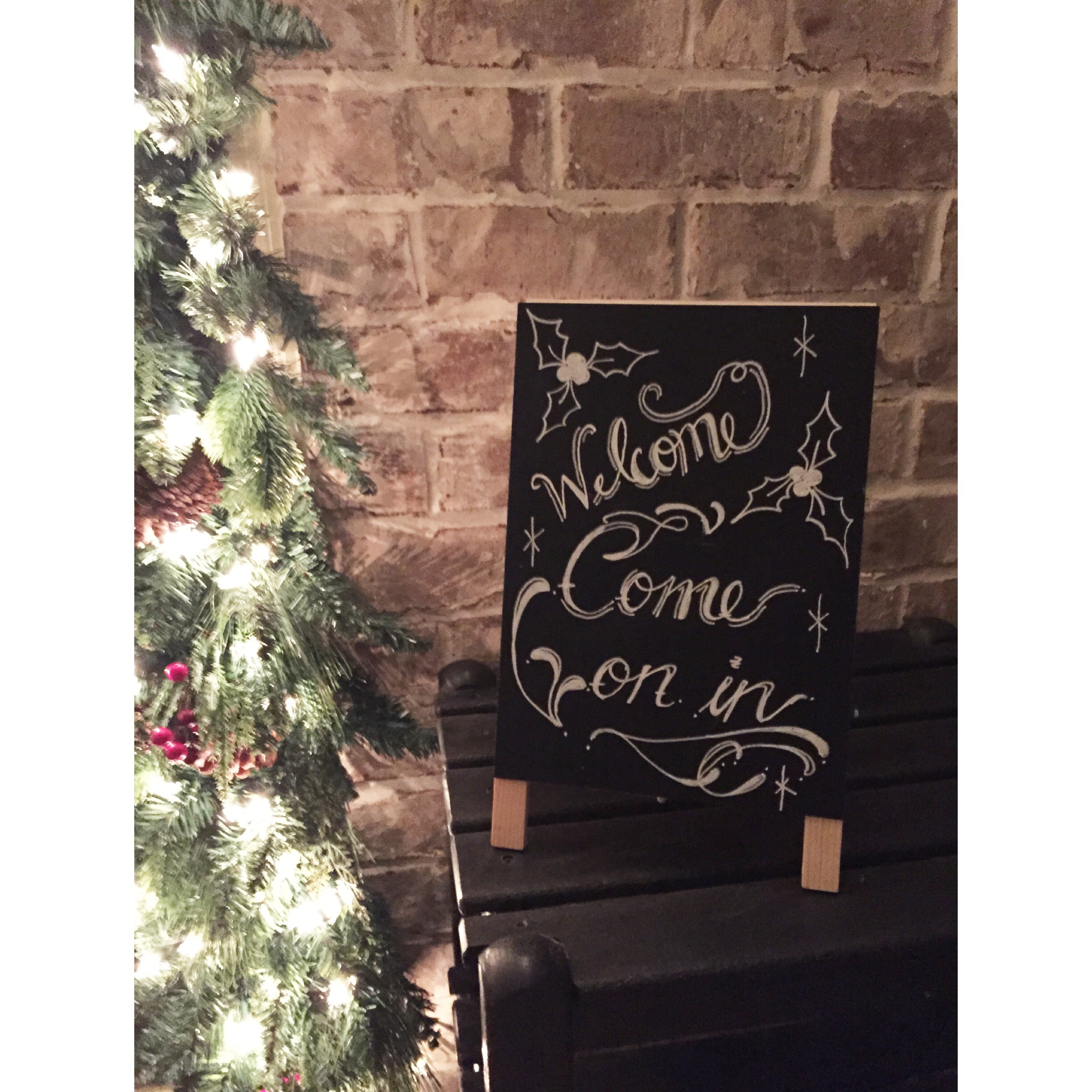 Friends Christmas Party Ideas Part - 39: IMG_1131